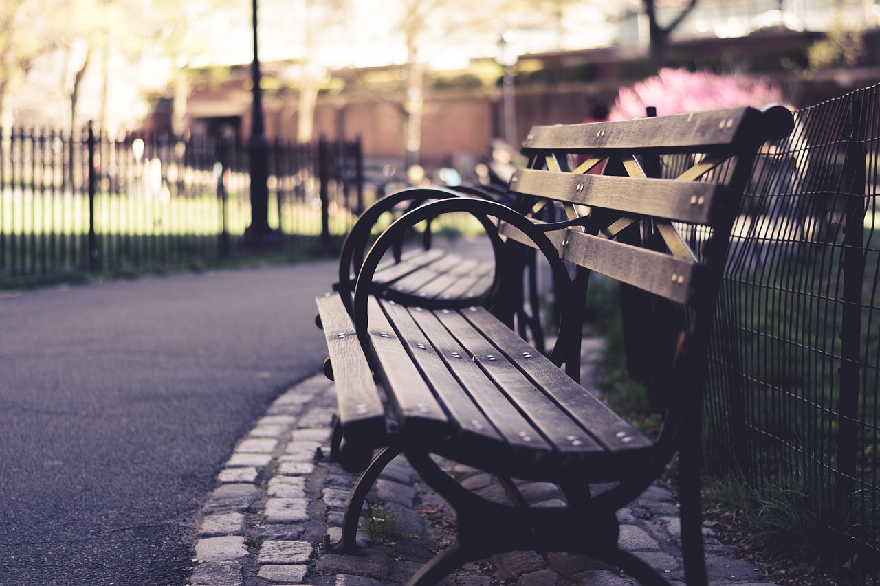 benches-1842610_1280